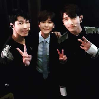 Instagram] 180414 TVXQ! with Kyuhyun Backstage at MBC's